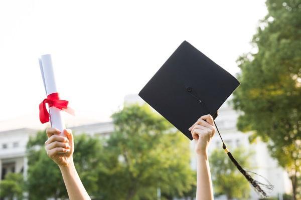2019年湖北成人高考要考哪些科目?